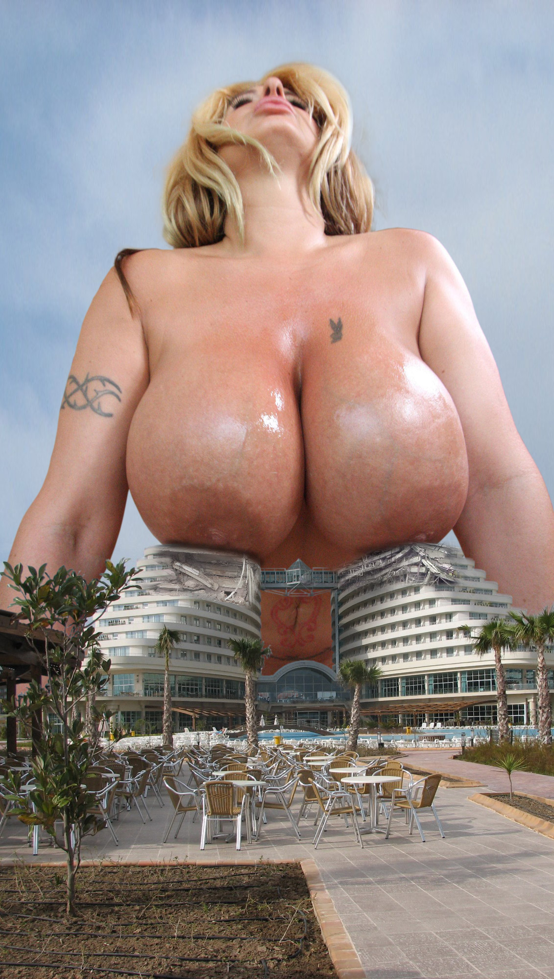 mega giantess videos