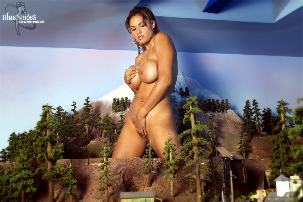 Naked giantess photos softcore picture