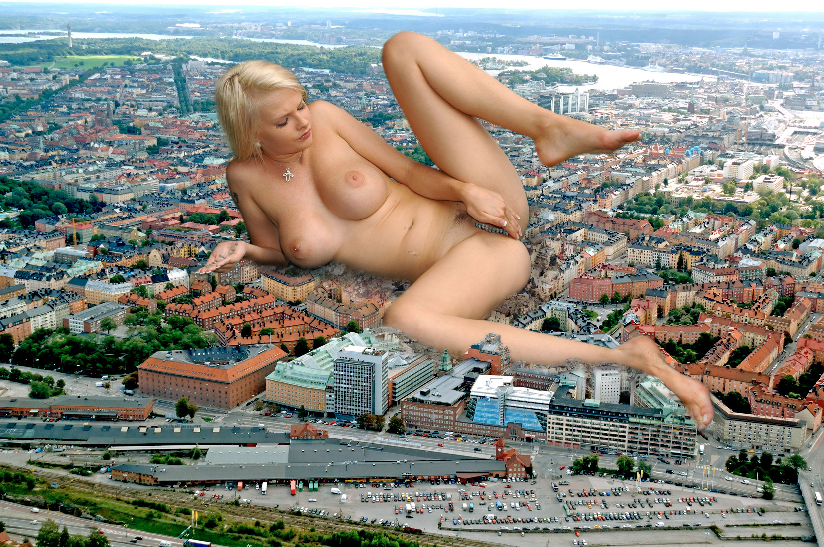 giantess city